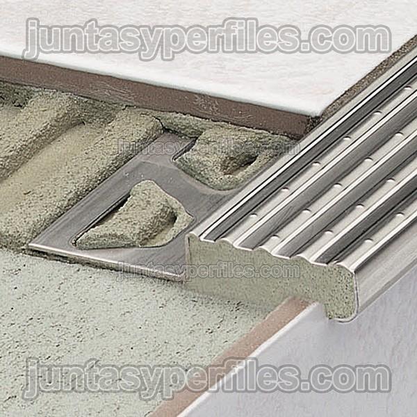 Perfiles para pelda os de acero inoxidable antideslizante - Perfiles acero inoxidable ...