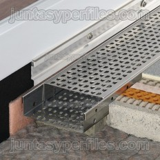TROBA-LINE-TL - Canaletas de agua perforada y rejilla inoxidable