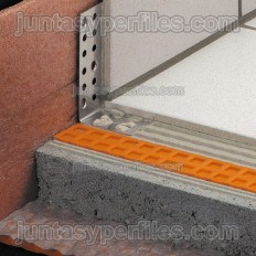 BARA-ESOT - Perfil de rodapé em aço inoxidável