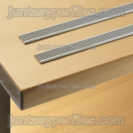 Perfil podotáctil de aluminio anodizado extraplano Stairtec SW