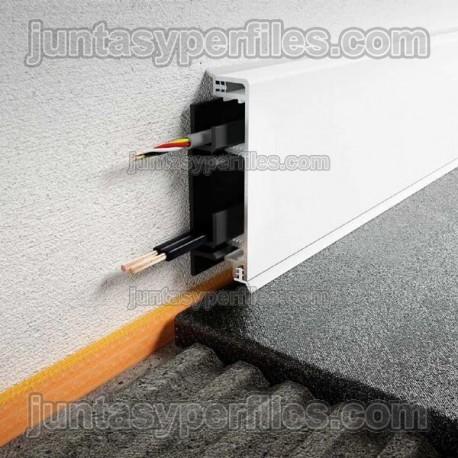 DESIGNBASE-CQ - Perfil de rodapiés con cámara interna para cables