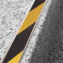 Novopletina Safety - Pletina de aluminio con cinta antideslizante