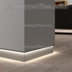 Novorodapie Eclipse - Aluminum baseboard for plasterboard