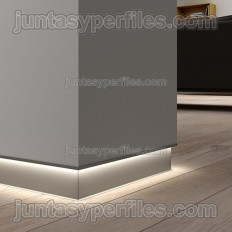 Novorodapie Eclipse - Aluminum skirting for drywall and LED light