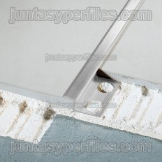 Novosepara 5 - Profilo separatore di pavimenti in alluminio