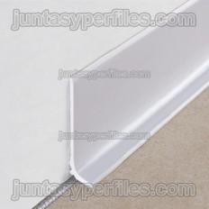 Novorodapie semiflex - Battiscopa semi flessibile in PVC